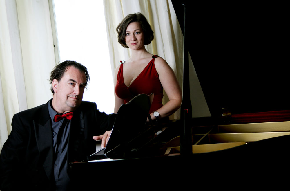 Michael Rayher und Coco Joura am Flügel